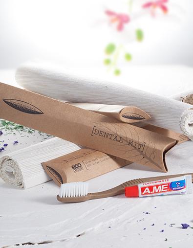 CAHM Botanika/IAmYou Bamboo, hambapasta ja hambahari, kastis 100tk
